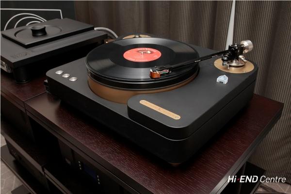 TW-Acustic Raven Limited SE - проигрыватель виниловых дисков ( Германия )