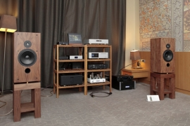 Компания Milky Sound (акустика Lu Kang Audio Spoey-230)